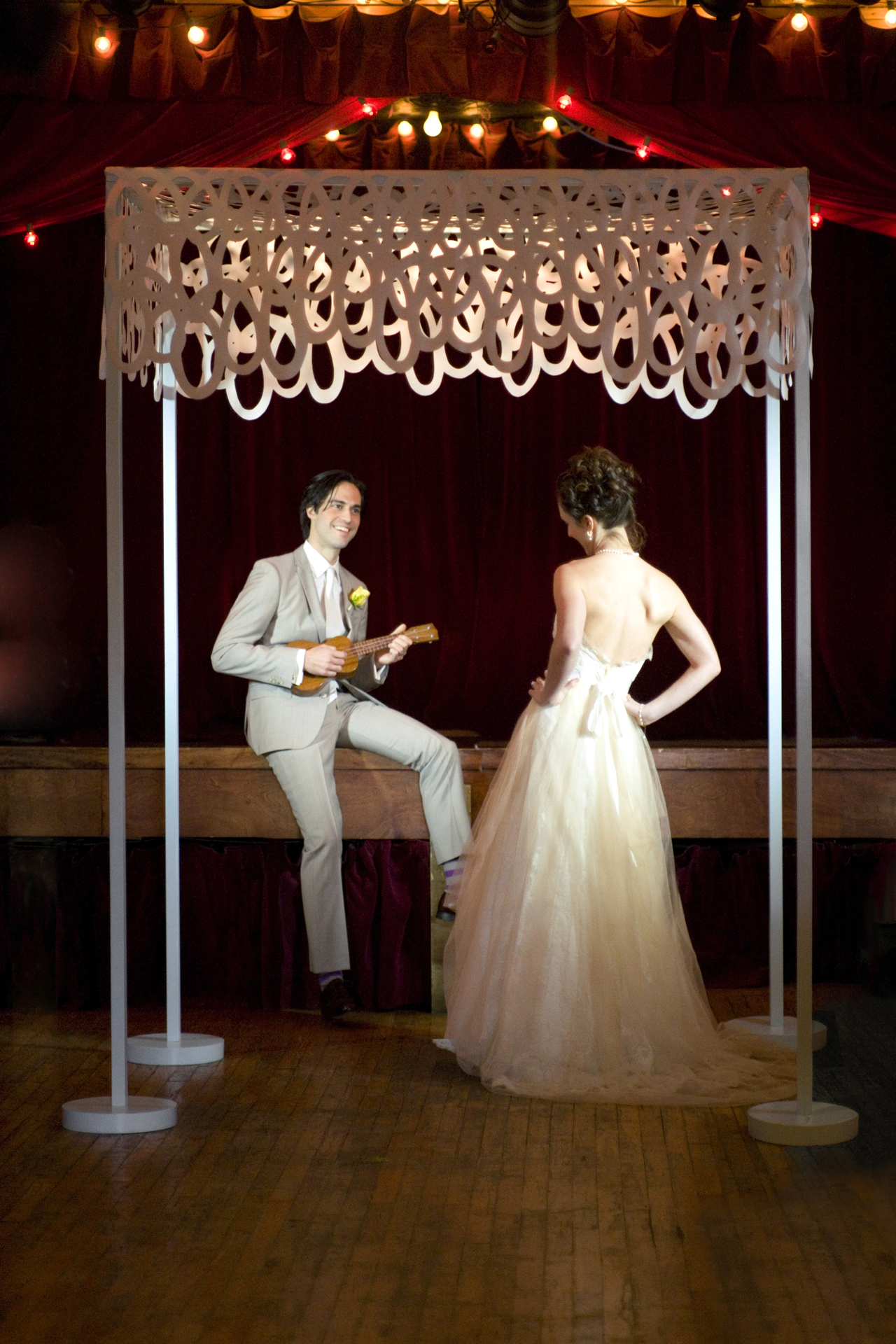 & How to Create Your Modern Day Chuppah | Brooklyn Betrothed